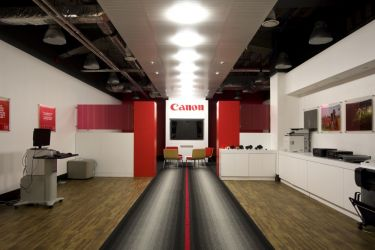 Canon Showroom